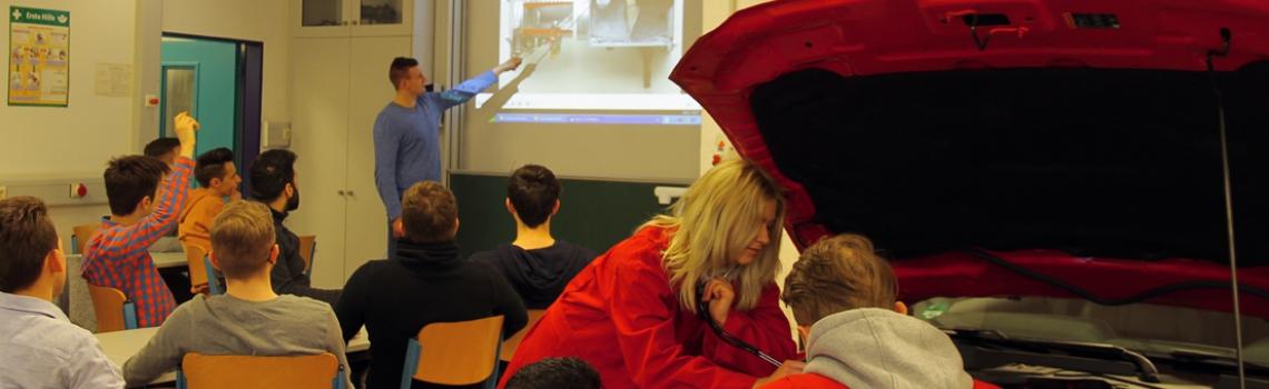 TBK Solingen Bildungsgang KFZ-Mechatroniker