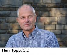 Abteilungsleiter am TBK Solingen für Gestaltungs- und Oberflächentechnik