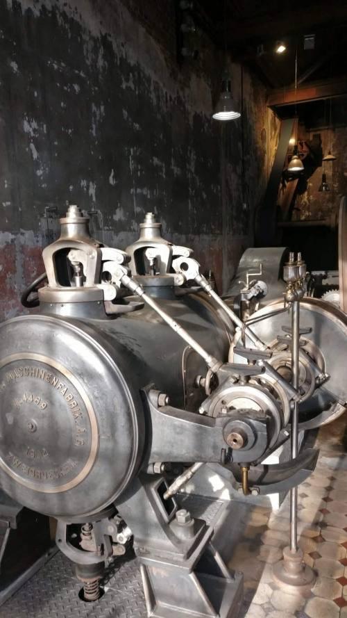 Metallbauer besuchen Gesenkschmiede