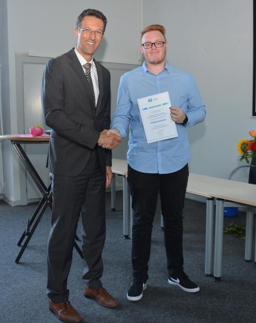 Metallograf am TBK Solingen erhielt Auszeichnung der DGZfP