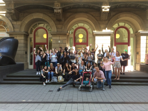 Zwei Klassen der Gestatungstechnischen Assistenten besuchten das Wuppertaler Von-der-Heydt-Museum.