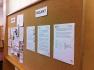Im Erdgeschoss informierten die Schülerinnen und Schüler über das Projekt