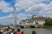 Bootstour auf der Themse mit dem Blick auf London Eye.