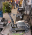 """René Strehl, Ole Putsch und Tobias Maczewski gestalteten mit der Skulptur """"Antrieb"""" ein sauberes Auto der Zukunft!"""